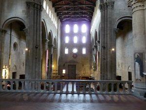 Arezzo, église Santa-Maria e Pieve, nef et bas-côtés, XIIè s., Cliché Jean-François Martine