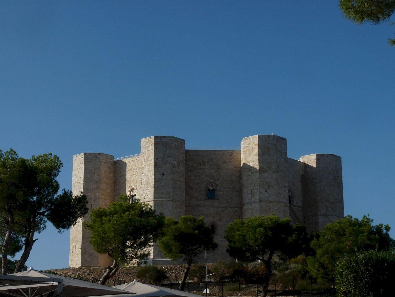 Castel-del-Monte_ext_P1540276_JFMartine